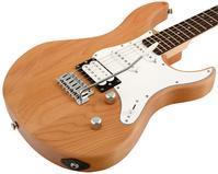 """""""Yamaha Pacifica(エレキ・ギター)"""" は、元Ibanezに居た """"Rich Lasnerさん"""" により、1993年設計されたそう。 - """"レミオロメン・藤巻亮太"""" に """"春よ来い"""""""