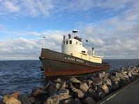 廃船とロックダウン - のんびりgoing マイway
