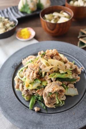 (レシピ)豚こまと白菜の七味マヨ炒め - おうちカフェ*hoppe