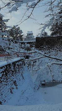 雪の会津若松城 - 風の香に誘われて 風景のふぉと缶