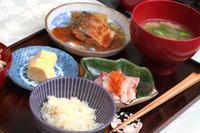 鯖味噌&豚汁で「和ごはん定食」 - 登志子のキッチン