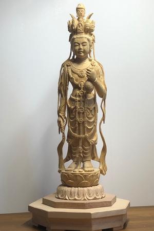 はじめての榧の木を彫ったこと。 - 浅葉哲休 仏像彫刻
