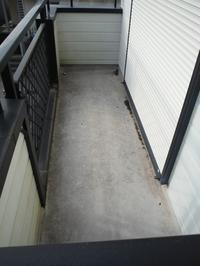 ベランダの床~床の塗装をお願いしたいの。 - 市原市リフォーム店の社長日記・・・日日是好日