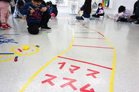 児童画クラス「テープアート」ご紹介 - 大阪の絵画教室|アトリエTODAY
