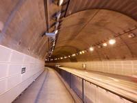 梅香トンネルその2トンネル内部 - みとぶら