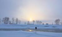 地吹雪が止んだ一瞬2021/02/05 - 今朝の一枚 石狩川の朝