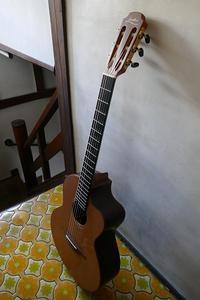 久々のアコギは岸部眞明版の「Yesterday」! - Kamakura Guitar