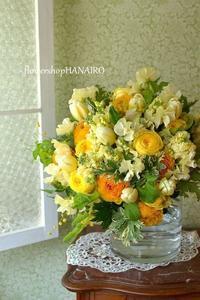 チューリップ「アンテクティカフレーム」を使った花束。 - 花色~あなたの好きなお花屋さんになりたい~