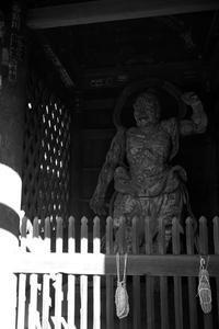 鶴林寺仁王像 - YAJIS OFFICE BLOG