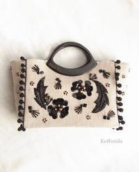 ビーズ刺繍キット 〜 Black Flower Bag - KeiFerida