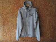 パタゴニアのBrushed Badge LW Hooded Full-Zip Sweatshirt - Questionable&MCCC