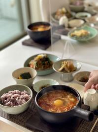 スンドゥブチゲとチャプチェのクラス募集いたします - 今日も食べようキムチっ子クラブ (料理研究家 結城奈佳の韓国料理教室)