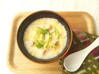 野菜と鶏肉の、胡麻豆乳スープ - Minha Praia