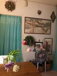 三日月 - 花の窓