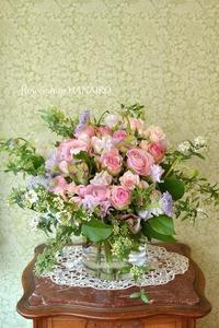 バラ「大阪城」を使った花束。 - 花色~あなたの好きなお花屋さんになりたい~