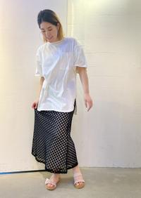「CHIGNON シニヨン」Tシャツとレーススカート入荷です。 - UNIQUE SECOND BLOG