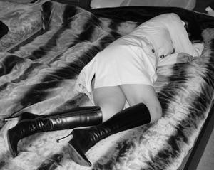 黒いブーツの女 - `the boots magazine`