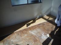 洋室と和室の床工事~洋室の床工事。 - 市原市リフォーム店の社長日記・・・日日是好日