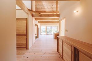 相模原の里山の家、竣工写真 - いえづくり現場ノート(いちかわつくみ建築設計室のブログ)
