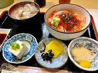 鮭イクラ丼@幸喜寿し(立川)やはりウマイ♪ - よく飲むオバチャン☆本日のメニュー