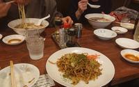 久しぶりに家族で食事『中華そば ほんこん』 - しゅんこう日記