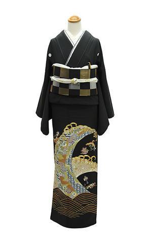 洗練の黒留袖・格上のスタイル - それいゆのおしゃれ着物レンタル