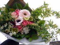 お誕生日の花束。「ピンク系で癒やされる感じ」。北7条にお届け。2021/02/24。 - 札幌 花屋 meLL flowers