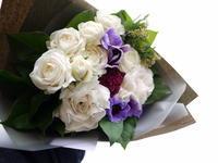 お父様の四十九日に花束②。妹さんに。「しっかりもの、繊細」。2021/02/26。 - 札幌 花屋 meLL flowers