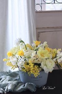 2月 Living flowerクラスのレッスン - Le vase*  diary 横浜元町の花教室