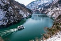 案外雪が少ない庄川峡 - toshi の ならはまほろば