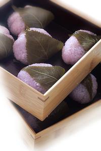 桜餅と肉じゃが - KICHI,KITCHEN 2