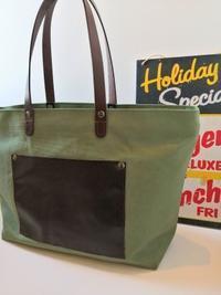 メンズトートバッグは革ポケット付き - Daily Green (デイリー・グリーン)