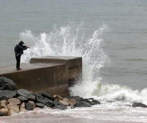 荒れ海 -