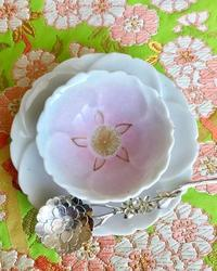 アンティークシルバーの銀器とお花48〜桜さくら♪ - アンティークな小物たち ~My Precious Antiques~