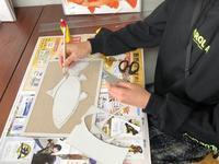 稲沢教室、魚のレリーフ制作中です。 - 大﨑造形絵画教室のブログ