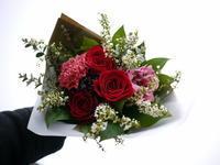 退職される方への花束。中の島1条にお届け。2021/03/18。 - 札幌 花屋 meLL flowers