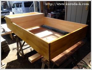 弊社の作業場にて木製収納棚を加工しております! -