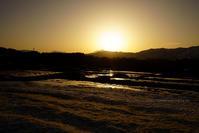 野沢温泉村残雪と雪解けの田んぼ - 野沢温泉とその周辺いろいろ2