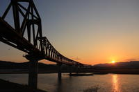 夕暮れの橋梁 - ゆる鉄DEイコー!