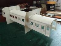 16番紙製スハ43 2輌目 その21 屋根曲げ、乗降扉・室内補強板取付 - 新湘南電鐵 横濱工廠3