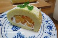金柑と八朔のロールケーキ焼けました(*^-^*) - おばちゃんとこのフーフー(夫婦)ごはん
