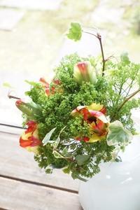 『自分色で笑顔になるお花』 - お花に囲まれて