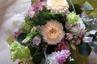 陽気のよい土日の2日... - 花と手芸 花sakka  手仕事ノート