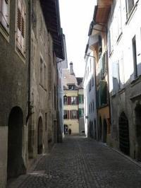 ブドウ畑だけじゃない、ラヴォー地区リュトリの町歩き - ヘルヴェティア備忘録―Suisse遊牧記