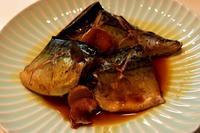 鯖の煮付けと鶏団子晩ごはん - 日々のつづきごと