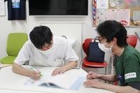 【初期研修医】令和3年度オリエンテーションDay 5「いろんなポーズで」 - 長崎大学病院 医療教育開発センター  医師育成キャリア支援室