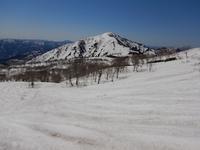 周遊断念で薙刀山ピストン - 山にでかける日