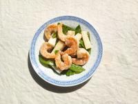 海老と絹さや、長芋の中華風塩麴炒め - Minha Praia