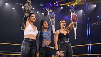 NXTで3人の女子王者が揃う - WWE Live Headlines