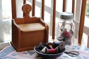 アンティークの糸巻きとレシピボックス - nantucket-countryのBLOG